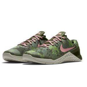 NIKE• Metcon 3 Amp Training shoe